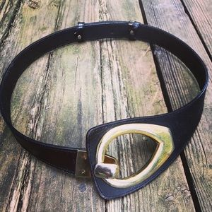 Vintage leather belt black w brass buckle